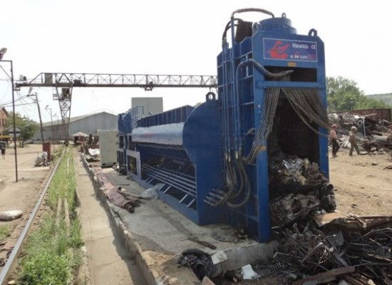 Bull Equipment South Africa WSD-4000C Scrap Metal Shear Baler