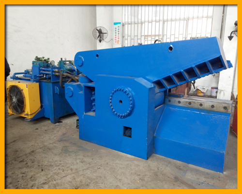 Q43 - 2000 Alligator Shear